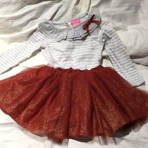 Isaac Mizrahi top skirt set 3T rust grey worn once